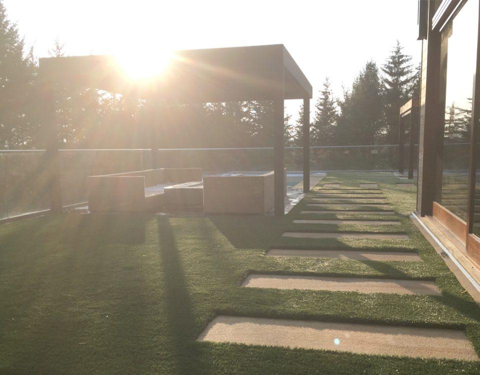 Fairlawn/Greenplay same temperature as real grass