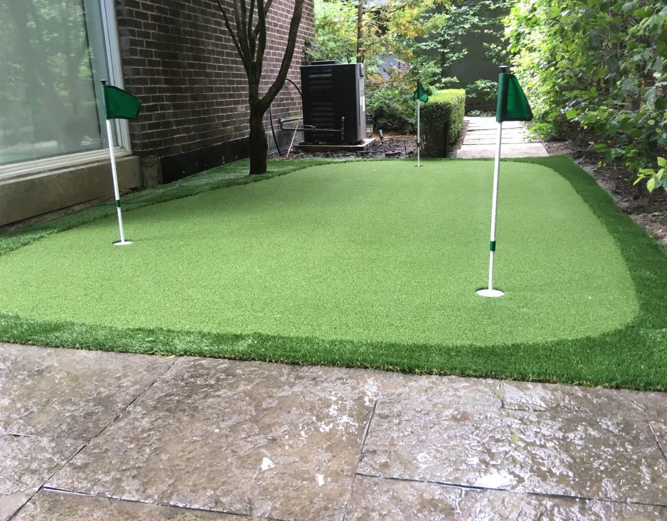 PG Augusta large side yard putting green