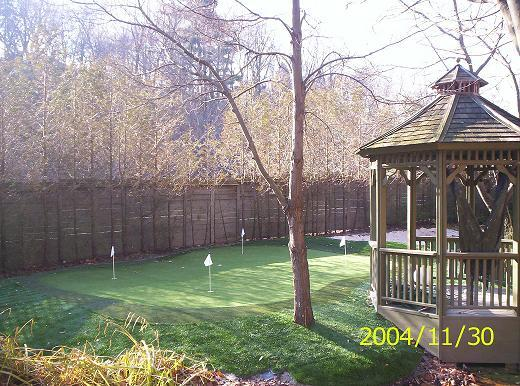 Perfectly shaped 4-hole golf green with fringe turf and landscape turf