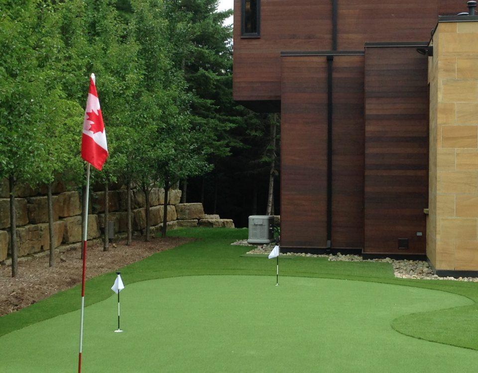 Custom sized golf flags